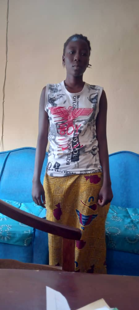 19YEAR OLD WIFE ARRESTED FOR STABBING HER 35YEAR OLD HUSBAND TO DEATH